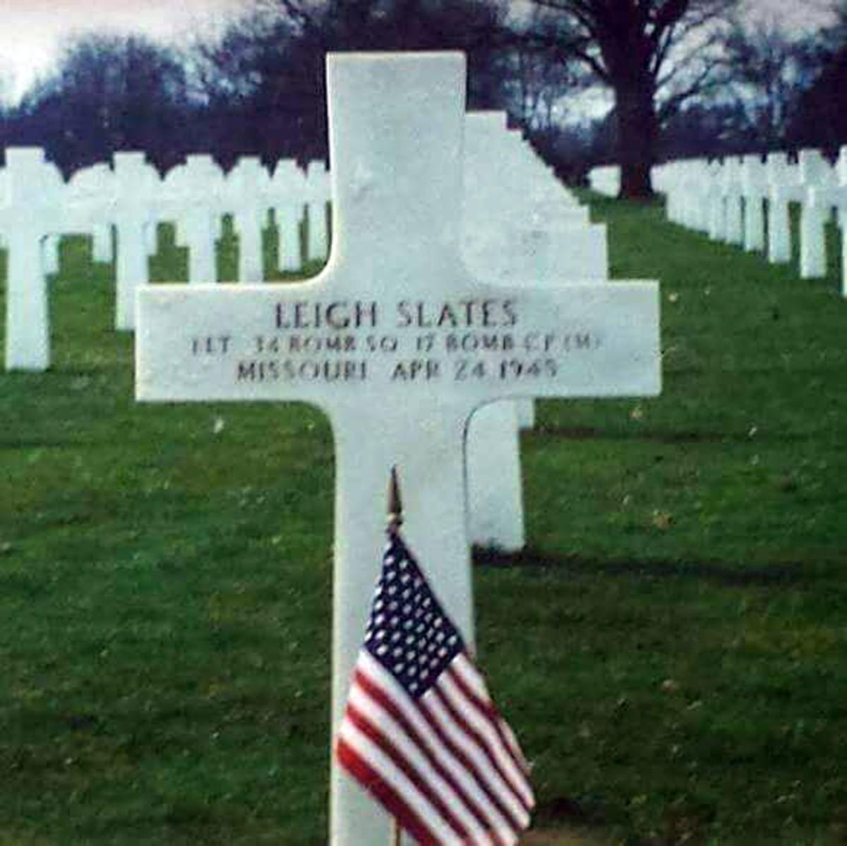 Leigh Slates grave